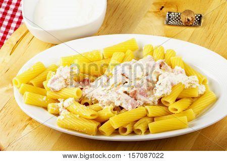 Maccheroni With Ham And Cheese