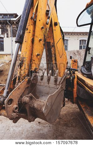Сonstruction Heavy Equipment Excavator Bucket Thumb Grappler Close-up Teeth Detail