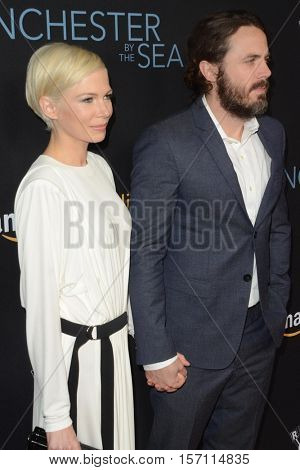 LOS ANGELES - NOV 14:  Michelle Williams, Casey Affleck at the