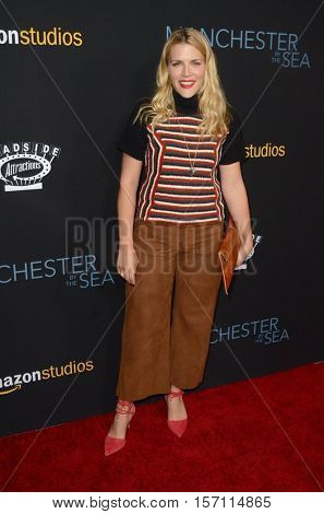 LOS ANGELES - NOV 14:  Busy Philipps at the