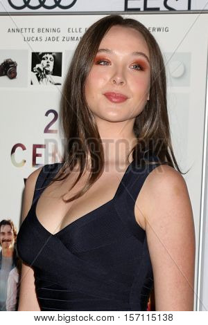 LOS ANGELES - NOV 16:  Ella Beatty at the A Tribute To Annette Bening And Gala Screening of