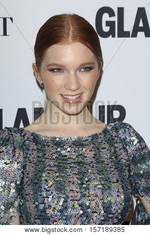 LOS ANGELES - NOV 14:  Annalise Basso at the Glamour Women Of The Year 2016 at NeueHouse Hollywood on November 14, 2016 in Los Angeles, CA