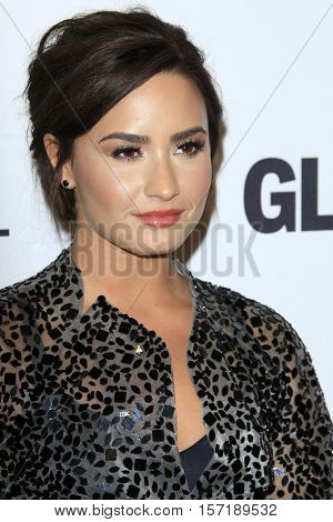LOS ANGELES - NOV 14:  Demi Lovato at the Glamour Women Of The Year 2016 at NeueHouse Hollywood on November 14, 2016 in Los Angeles, CA