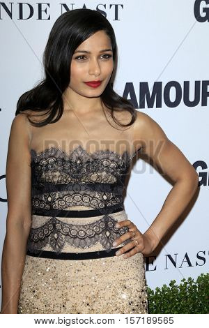 LOS ANGELES - NOV 14:  Freida Pinto at the Glamour Women Of The Year 2016 at NeueHouse Hollywood on November 14, 2016 in Los Angeles, CA