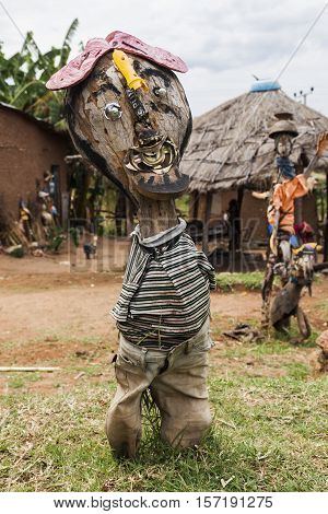 OMO VALLEY. ETHIOPIA - JANUARY 2 2014: Local gallery of sculptures made from recycled materials.