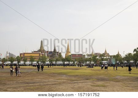 BANGKOK THAILAND - OCT 19 : the mourners at Sanam Luang while the body of Thailand Bhumibol Adulyadej keep in Grand Palace on october 19 2016