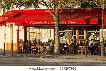 Paris France-November 06 2016 : The famous brasserie de l 'Ile Saint Louis located near Notre Dame cathedral in Paris France.