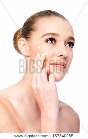 Moisturizing Facial Beauty Skincare Treatment