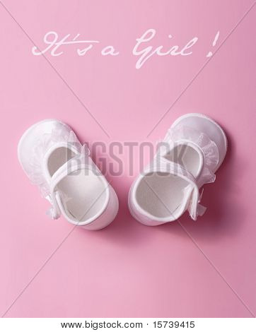 it's a gril ! baby shoes on pink