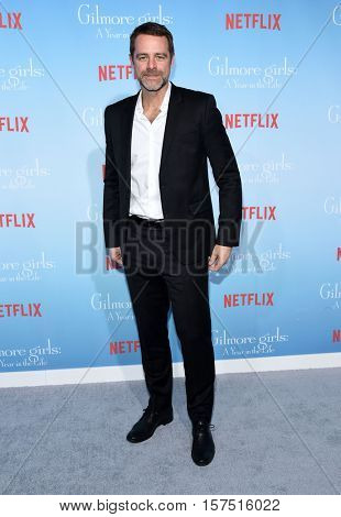 LOS ANGELES - NOV 18:  David Sutcliffe arrives to the Netflix's 'Gilmore Girls: A Year In The Life' Premiere on November 18, 2016 in Westwood, CA