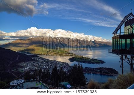 Cityscape sunset of queenstown with lake Wakatipu from the skyline south island new zealand