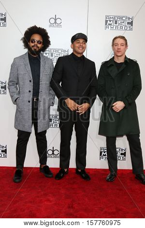 LOS ANGELES - NOV 20:  Jillionaire, Walshy Fire and Diplo, Major Lazer at the 2016 American Music Awards at Microsoft Theater on November 20, 2016 in Los Angeles, CA