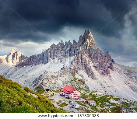Rifugio Lacatelli In National Park Tre Cime Di Lavaredo
