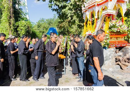 CHIANG RAI THAILAND - NOVEMBER 19 : family of dead man thank to people who coming to the funeral on November 19 2016 in Chiang rai Thailand