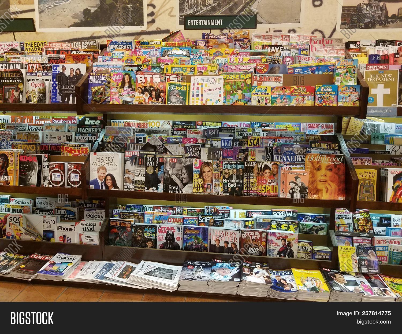Barnes Noble B&n Image & Photo (Free Trial) | Bigstock