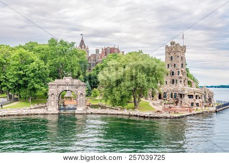 Kingston,canada - June 24,2018 - View At Alster Tower On Heart Island On Us Territory Of Thousand Is