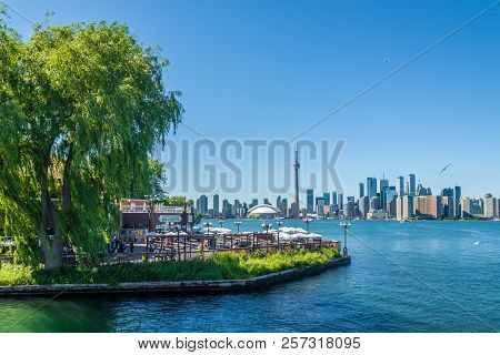 Toronto,canada - June 25,2018 - View At The Toronto Downtown From Toronto Islands On Ontario Lake. T