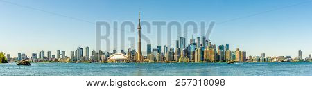 Toronto,canada - June 25,2018 - Panoramic View At The Toronto Downtown From Toronto Islands On Ontar