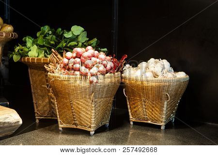 The White Garlic Onion In Basket For Restaurant Decor,fresh Garlic Is One Of The Main Ingredients Of