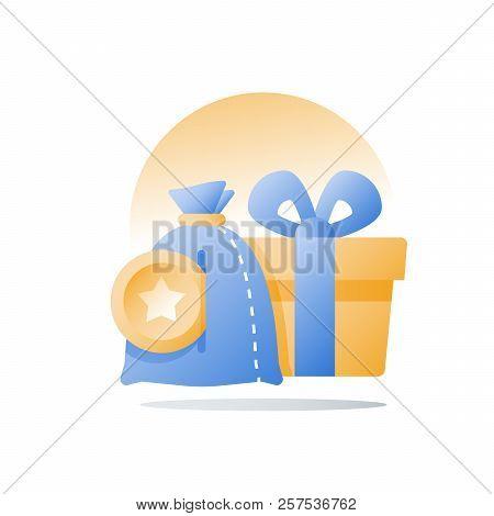 Yellow Reward Gift, Present Box, Loyalty Program, Earn Points, Collect Bonus, Redeem Special Prize,