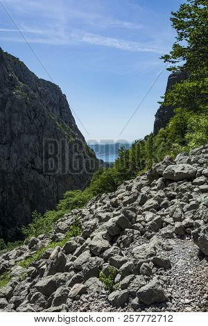 Big Rocks. Landscape Rocky Mountains National Park