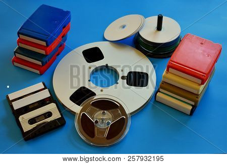 Retro 8 Track, Reel To Reel, Cassette And Cdrom Tapes.