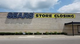 Sears Department Store Mall Entrance, Store Closing Sign, Lima Shopping Mall, Lima, Oh, July 2, 2018