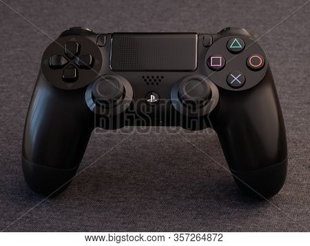 Uk, March 2020: Black Sony Ps4 Playstation Pad Controller From Above