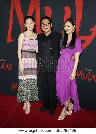 Jane Li, Jada Li and Jet Li at the World premiere of Disney's 'Mulan' held at the Dolby Theatre in Hollywood, USA on March 9, 2020.