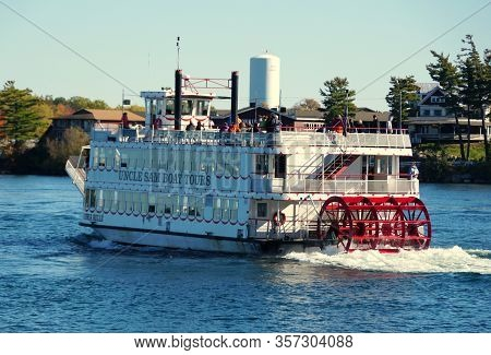 Alexandria Bay, New York, U.s.a - October 24, 2019 - The View Of Cruise Boat Moving On St Lawrence R