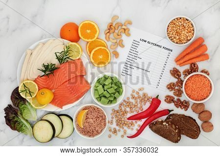 Low glycemic health food for a diabetic diet with value list & corresponding foods high in vitamins, minerals, antioxidants, smart carbs, protein & omega 3. Below 55 on the GI index.