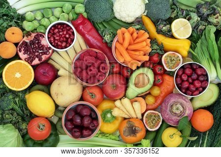 High fibre health food for fitness concept with super foods high in antioxidants, omega 3, vitamins & protein. Lowers blood pressure & cholesterol & optimise a healthy heart with low GI levels.
