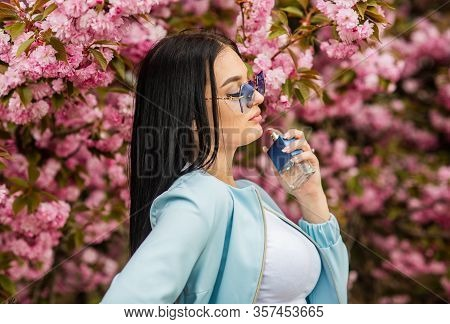Hunt For Your Own Signature Scent. Cosmetic Care. Scents Fall Into A Floral Category. Hard To Find.