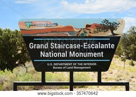 GRAND STAIRCASE-ESCALANTE NATIONAL MONUMENT, UTAH, 17 AUG 2015: Sign at the center at the National Monument  in Utah.