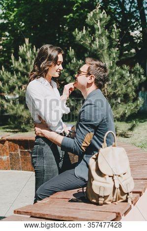 Travel Couple, Romantic Destinations, Weekend Getaways, Honeymoon For Couples. Happy Young Traveller