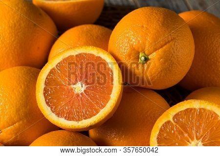 Raw Organic Cara Navel Oranges