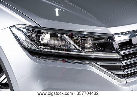 Volkswagen Touareg - Exterior Detail . `close Up  Of Modern  Car Xenon Lamp Headlight.  Novosibirsk,