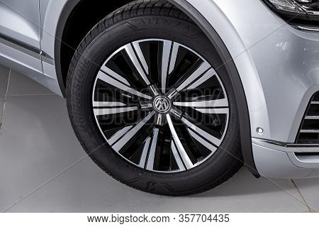 Volkswagen Touareg -car Wheel With Alloy Wheel And New Rubber On A Car Closeup. Wheel Tuning Disk.