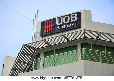 Kota Kinabalu, My - June 19: Uob (united Overseas Bank) Facade On June 19, 2016 In Kota Kinabalu, Ma