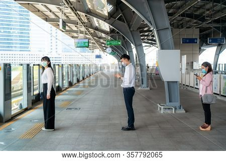 Three Asian People Wearing Mask Standing Distance Of 1 Meter From Other People Keep Distance Protect