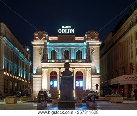 Bucharest/romania - 03.21.2020: The Bust Of Mustafa Kemal Atatürk In Front Of The Odeon Theatre. Cul