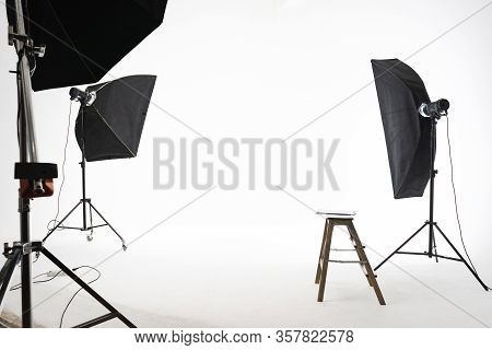 Professional Lighting Equipment And Light-forming Nozzles On Pulse Devices, On Racks Studio Large Wh