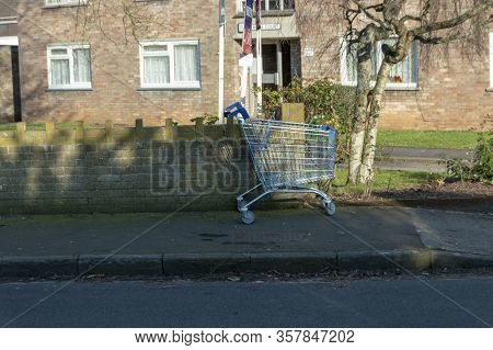 Bristol-march 2020-england- A Close Up View Of A Supermarket Trolly That Has Been Left On The Side O