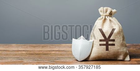 Yen Yuan Money Bag And Protection Shield. Ease Doing Business. Protection Of Foreign Investment In E