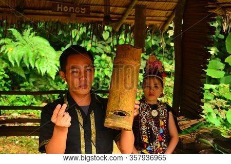 Sabah, My - June 21: Mari Mari Cultural Village Tour Guide On June 21, 2016 In Sabah, Malaysia. Mari
