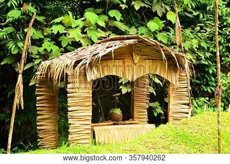 Sabah, My - June 21: Mari Mari Cultural Village Old House On June 21, 2016 In Sabah, Malaysia. Mari
