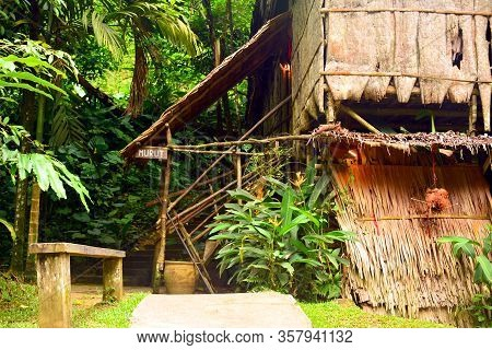 Sabah, My - June 21: Mari Mari Cultural Village Murut Tribe Old House On June 21, 2016 In Sabah, Mal
