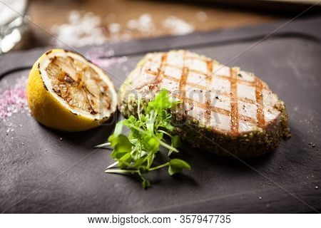 Tuna Steak With Panko And Grilled Lemon