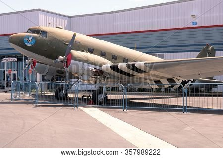 March 25, 2020 In Chino, Ca: Vintage Dc3 Aircraft Which Was A Workhorse Aircraft For The Airlines Du