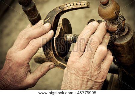 Hand At Distaff
